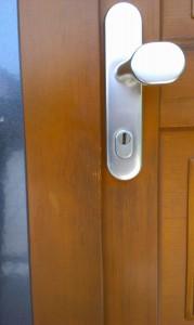 Klíče zničí vchodové dveře